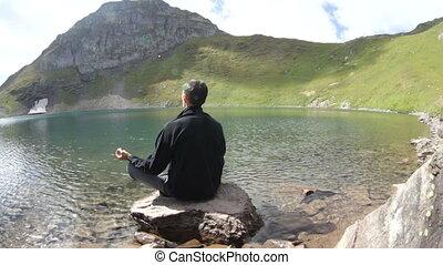 yoga, montagnes