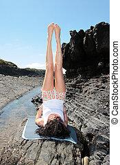 yoga on the rocks 19