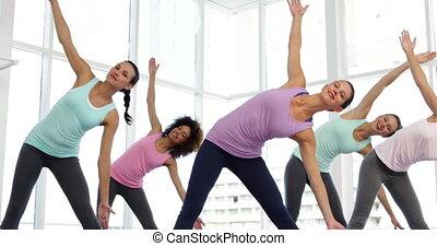 yoga osztály, alatt, állóképesség, műterem