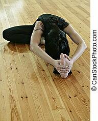 Yogi - gymnastics, acrobatics