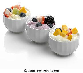 yogourts, fruits