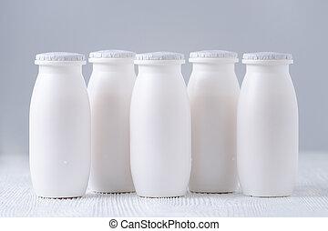 yogur, gris, bebida, botellas, plano de fondo