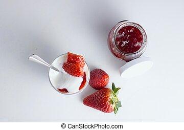 yogurt and strawberries