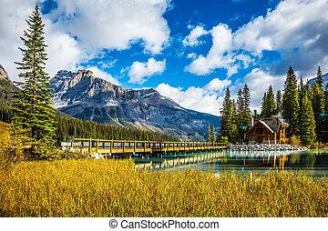 Bridge over Emerald Lake