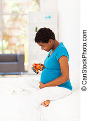 african american woman pregnancy