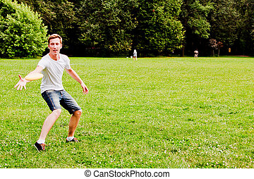 man playing frisbee