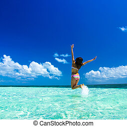 girl on the sea - Young beautiful girl on the sea
