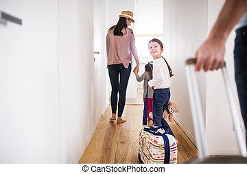 young család, noha, két gyerek, haladó, képben látható, egy, holiday.