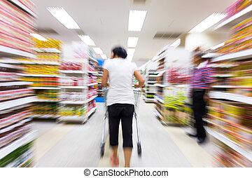 young eny, nakupování, do, ta, supermarket