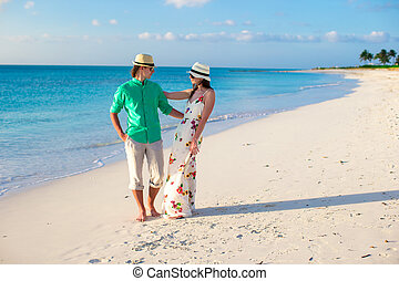 Young happy couple on summer tropical vacation