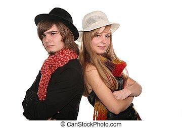 young párosít, alatt, a, kalapok, elszigetelt, white