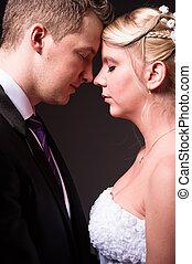 young párosít, alatt, esküvő, hord