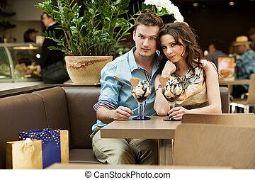 young párosít, -ban, a, kávéház