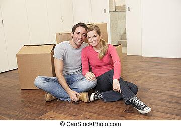 young párosít, képben látható, lépés nap, ülés, noha, kartonpapír ökölvívás