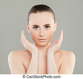 Young Spa Woman with Healthy Skin. Perfect Female Face