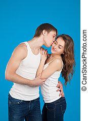 young szeret, összekapcsol megcsókol, és, kitart each más, alatt, a, műterem