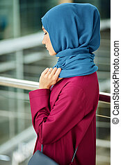 Young Woman Wears Fashionable Traditional Arabic Clothing. ...
