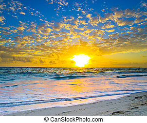 západ slunce, přes, ta, moře