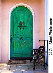 zöld ajtó