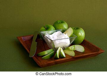 zöld alma, krém