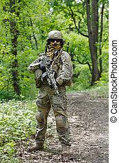zöld, svájcisapka, hozzánk hadsereg