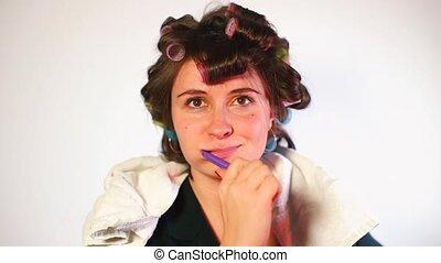 zęby, szczotkując włos, toothbrush, curlers, gospodyni, jej