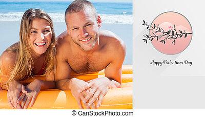 złożony, para upozowująca, wizerunek, sprytny, kostium kąpielowy, szczęśliwy