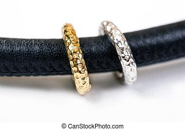 złoty, skóra, nowoczesny, dzwoni, naszyjnik, srebro