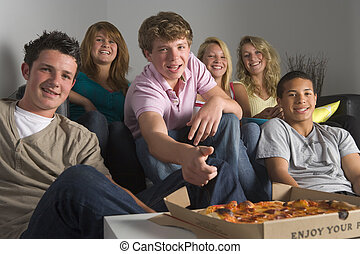 zabawa, pizza, jedzenie, nastolatki, posiadanie