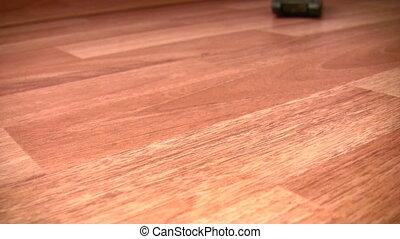 zabawkarski zbiornik, porusza się, na, podłoga
