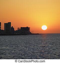 zachód słońca, havana, kuba