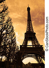 zachód słońca, na, eiffel wieża