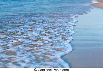 zacht, golf, van, de, zee, op, een, zandig strand