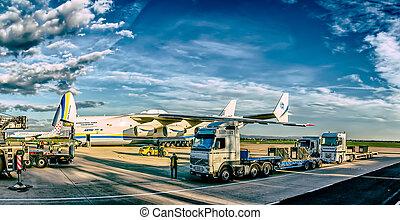 Antonov 225 Mriya - ZAGREB, CROATIA - NOVEMBER 10: Loading...