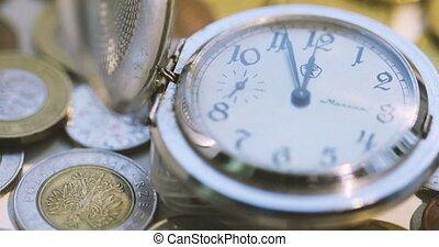 zak, oud, horloge, open