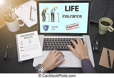 zakelijk, hand, het gebruiken computer, met, bescherming,...