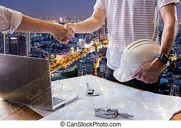 zakelijk, succesvolle , dubbel, overeenkomst, bouwsector, handen, ingenieur, rillend, blootstelling