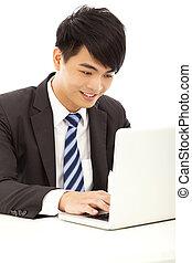 zakelijk, vrolijke , jonge man, gebruikende laptop