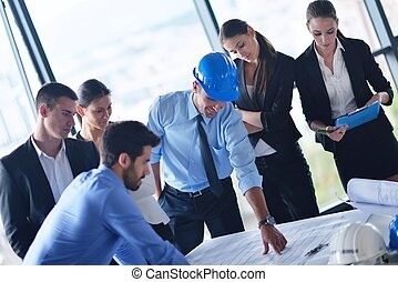 zakenlui, en, ingenieurs, op, vergadering