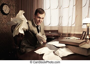 zakenman, boos, rumples, documenten