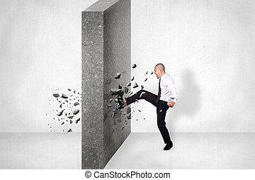 zakenman, breken, muur, van, obstacle., zakelijk, uitdaging,...