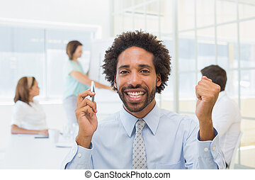 zakenman, collega's, vergadering, kantoor