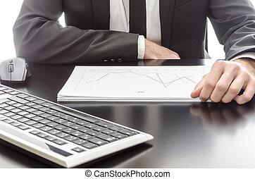 zakenman, document, analyzing, grafiek