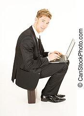 zakenman, draagbare computer, koffer, zittende