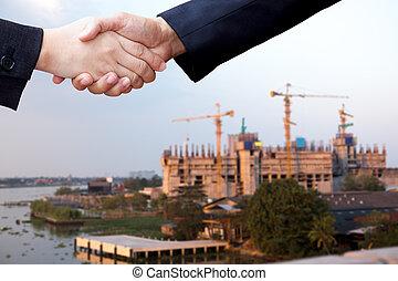 zakenman, hand, huizenbouw, succes, op, overeenkomst, schudden