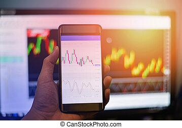 zakenman, handel, verwisselen, plank, data, op, beweeglijk, scherm, /, forex, diagrammen, grafiek, verwisselen, op, smart, telefoon