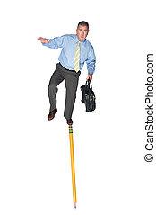 zakenman, het in evenwicht brengen, potlood