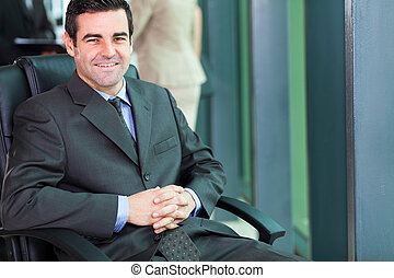 zakenman, kantoor, zittende