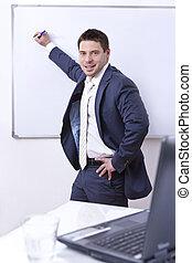 zakenman, plank, schrijvende