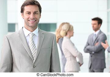 zakenman, verticaal